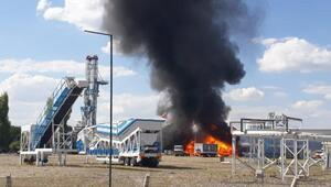 Gölbaşında fabrika yangını (1)