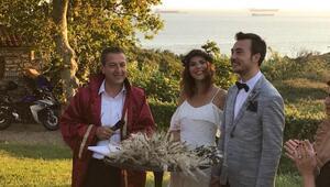 Ünlü isimler, Bozcaadadaki düğünde buluştu