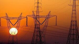 İstanbul'un pek çok ilçesinde elektrik kesintisi… Elektrikler ne zaman gelecek