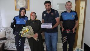 Rizede polislerden 15 Temmuz şehitlerinin ailelerine ziyaret