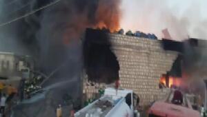 Cinderesde kimyasal madde deposu yangını