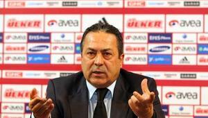 Adnan Sezgin: Allah, Galatasaray Başkanı ve Fatih Terim'in yardımcısı olsun