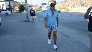 79 yaşında 11 kilometre yürüdü