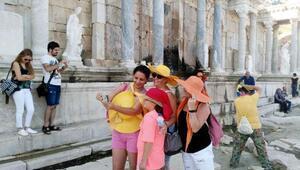Sagalassosa turist akını