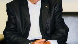 Şivan Perverin babası hayatını kaybetti