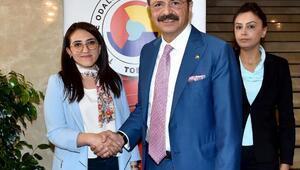 TOBB Kadın Girişimciler Kurulundan TOBB Başkanı Hisarcıklıoğluna ziyaret