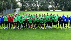 Atiker Konyaspor'un Hollanda kampı başladı