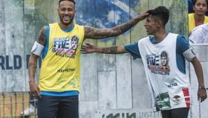 Neymar Jr's Five'ta dünya şampiyonu Meksika