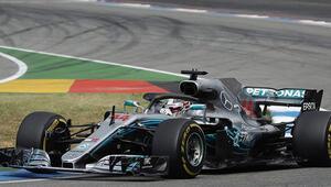 Formula 1 Almanya Grand Prixsinde kazanan Hamilton