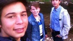 Minibüs şarampole uçtu: 16 yaşındaki sürücü öldü, 2 yaralı/ Ek fotoğraf