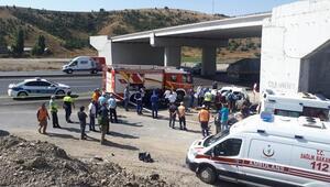 Aşırı hız kazası bir aileyi yok etti