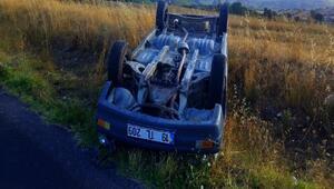 Takla atan otomobilden emniyet kemeri kurtardı