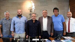 Başkan Böcek: Antalyasporun her zaman yanındayız