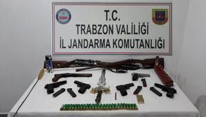 Trabzonda internetten silah satışına 2 tutuklama