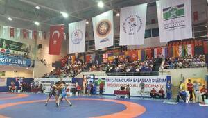 46ncı Uluslararası Yaşar Doğu Güreş Turnuvası başladı