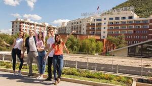 İzmir Ekonomide öğrenci memnuniyeti