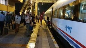 Kocaelide yol açıldı, tren seferleri başladı; yeni yağış uyarısı yapıldı