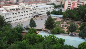 Üniversiteye 55 akademisyen alınacak