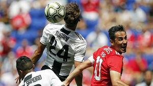 Fenerbahçenin rakibi Benfica, Juventusa penaltılarda 4-2 mağlup oldu