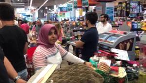 Dev mağaza zincirinde kıdem tazminatını alamayan işçiler eylem yaptı