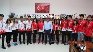Mersinli boccecilerden Türkiye rekoru