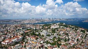 713 bin 675 yabancının Türkiye'de ikamet izni var