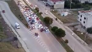 Asker uğurlama konvoyu trafiği kapattı, ambulans yan yola girdi