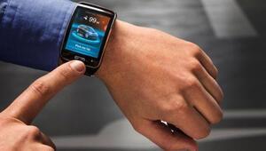 BMW otomobilden sonra şimdi de akıllı saatiyle geliyor