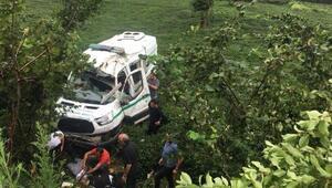 Trabzonda devrilen cenaze nakil aracının sürücü öldü