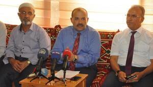 Bitlis'te imar affına müracaat edenlerin tapuları dağıtıldı