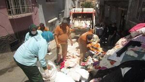 Gaziantepte evden 3 kamyon çöp çıktı