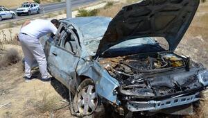 Darendede otomobil devrildi: 6 yaralı