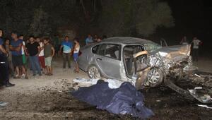 Seydikemerde kaza: 2 ölü, 4 yaralı