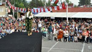 Çamlıyayla İğne Oyası Festivaline büyük ilgi