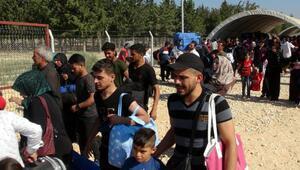 Suriyelilerin, ülkelerine bayram geçişi sürüyor