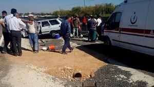 Bozovada kamyonetle otomobil çarptı: 2 ölü, 3 yaralı