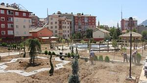 Seydişehir Belediye Başkanı, park alanlarını inceledi