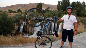 Van Gölüne farkındalık için düzenlenen bisiklet turu devam ediyor