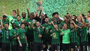 Son dakika: Süper Kupa, Galatasarayı penaltılarla deviren Akhisarsporun oldu