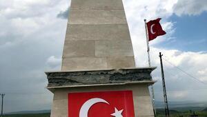 Karsta şehitler anıtına saldırı/ Ek fotoğraflar