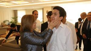 Başkan Şahin, görme engelli öğrencileri ağırladı