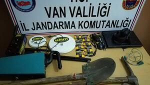 Vanda, kaçak kazı operasyonu: 5 gözaltı