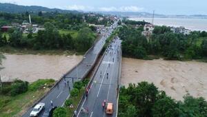 Orduda sel felaketi: Köprüler yıkıldı, çok sayıda kişi mahsur kaldı - Yeniden