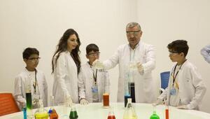 Başkan Çelikten bilim kampına ziyaret