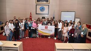Yabancıöğrencilereyönetim dersi