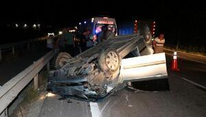 Traktöre çarpan otomobil takla attı: 5 yaralı