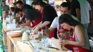 Eskişehirde seramik sanatçıları eserlerini pişirdi