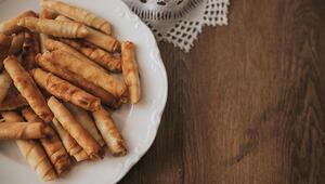 Keyifli bayram sohbetlerinin olmazsa olmazı birbirinden lezzetli börek tarifleri