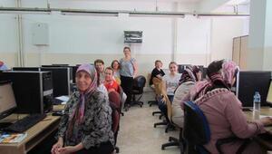 Pınarhisar ilçesinde kadın için teknoloji projesi eğitimi yapıldı