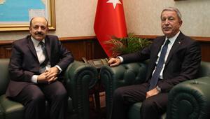 Bakan Akar, YÖK Başkanı Saraç ile bedelliyi görüştü
